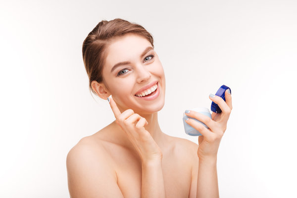 Factors To Consider When Choosing Anti-Aging Products